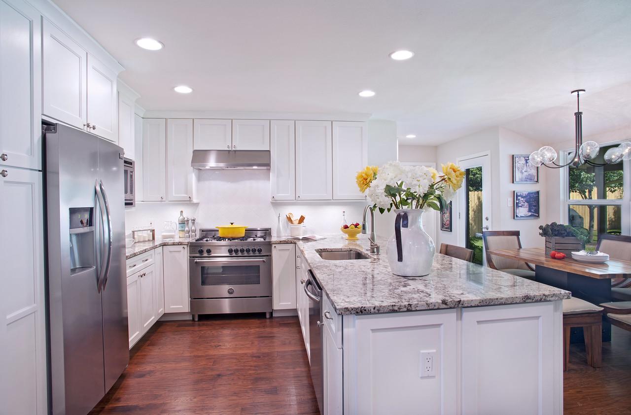 Kitchen – Chattahoochee Cabinets